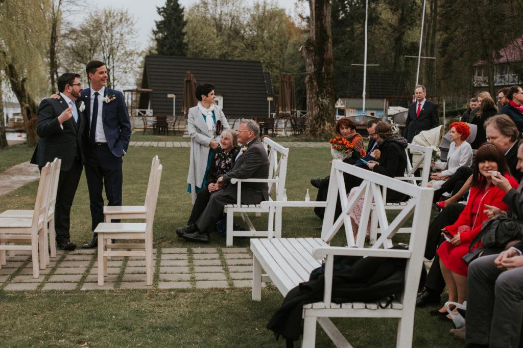 001a.fala_.muszelki Plenerowy ślub nad Zegrzem - Marta i Mark